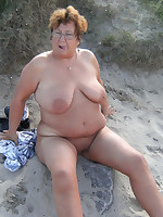 Chubby mature ladies sunbathing on a nudist beach - Chubby Naturists