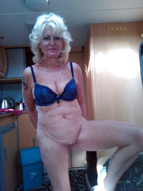 old young nude swinger